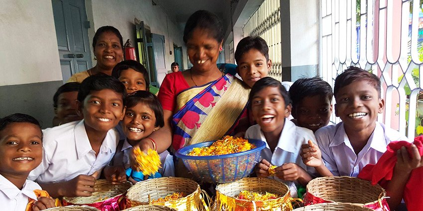 Seit 25 Jahren gibt es die St. Francis Assisi School, die unsere Partner Austrian Doctors in #Kalkutta betreiben. https://t.co/6tFUWvTBVd https://t.co/aAzwYRqwcA