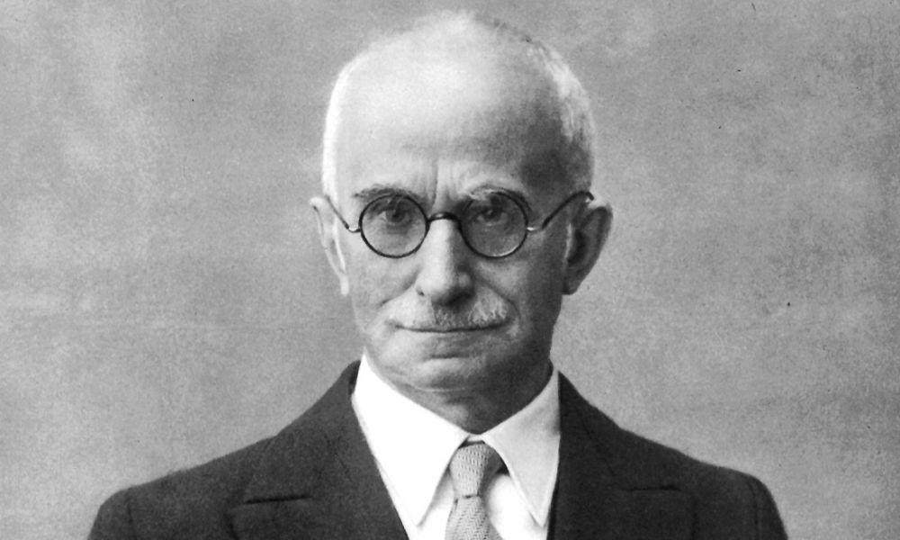 """Il denaro dei contribuenti deve essere sacro.""  Luigi Einaudi"