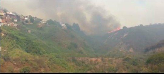 Thumbnail for Alerta Roja por incendios forestales en Valparaíso