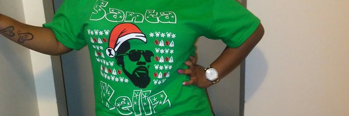 Christmas Day I had to rock my shirt!!! R.kelly please sing me happy birthday