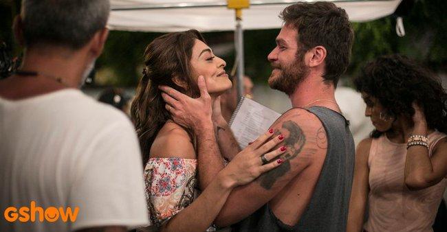 Juliana Paes muda visual para viver par romântico de Emilio Dantas na nova novela das 9. https://t.co/DEapLp9804 #AForçaDoQuerer