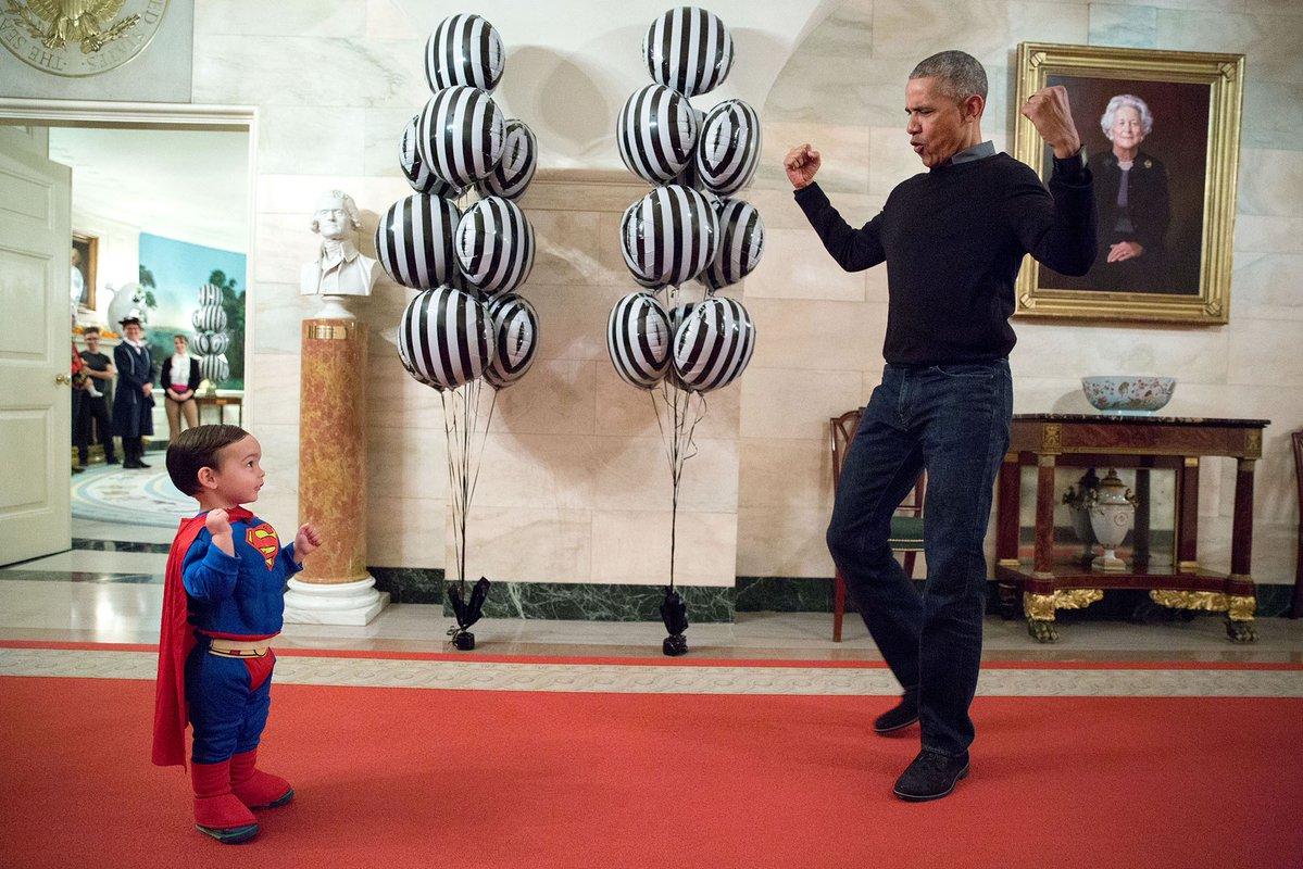 'That's @POTUS!' #ObamaAndKids #YearInPhotos  via @WhiteHouse