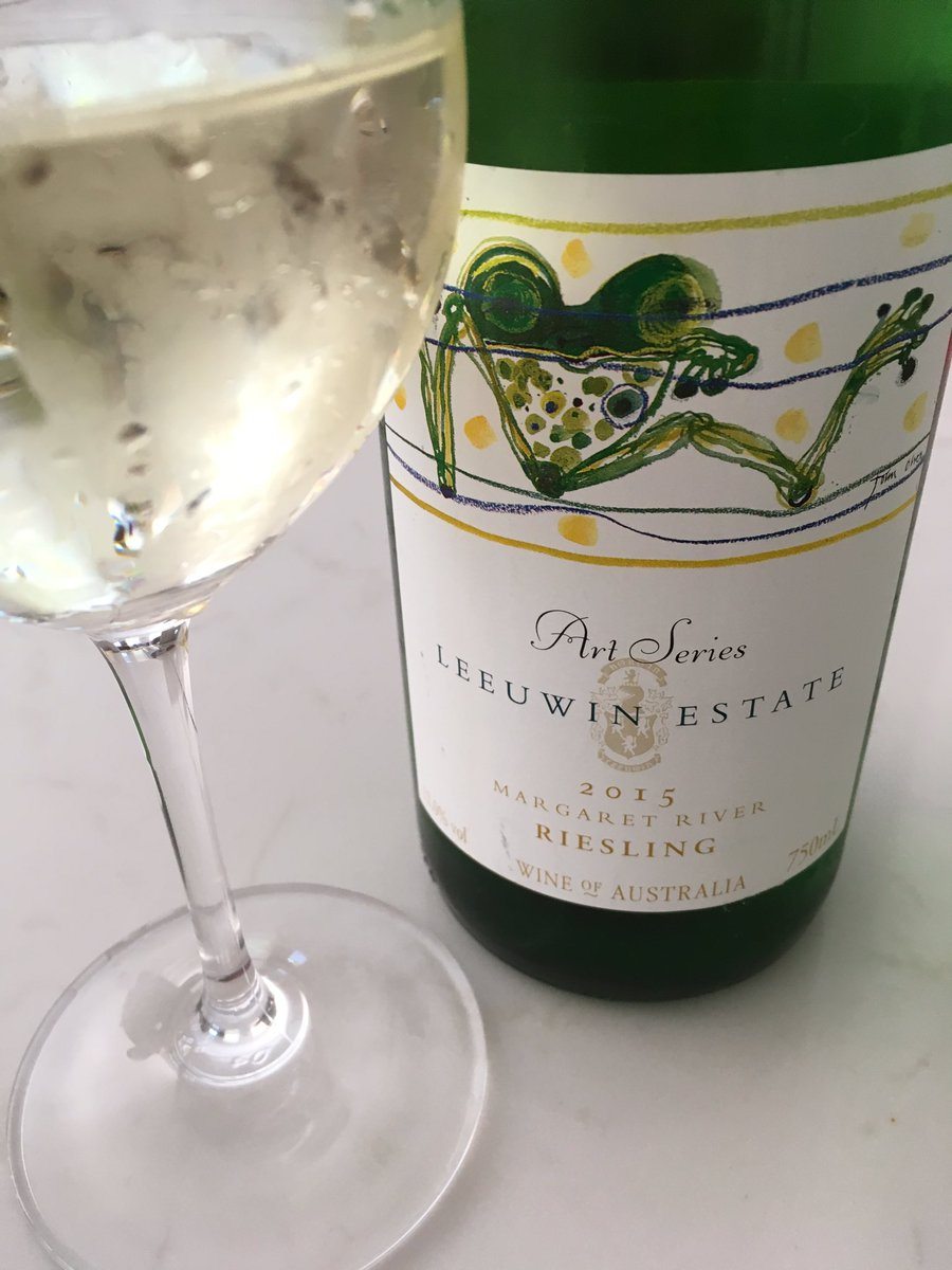 Dry, mineral focused Riesling from @Leeuwin_Estate Excellent! https://t.co/s4nwWRPA1j