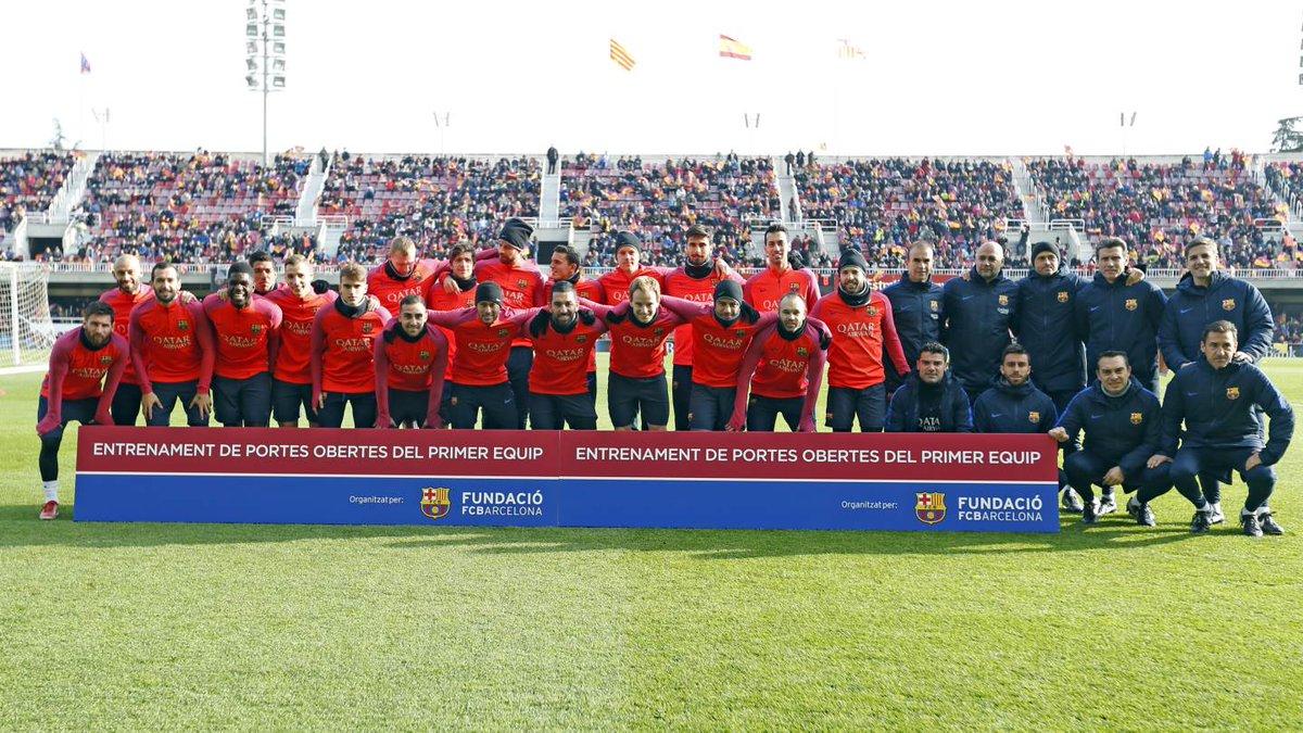 Barcelona reunió más de 10 mil personas para ver su primer entrenamiento