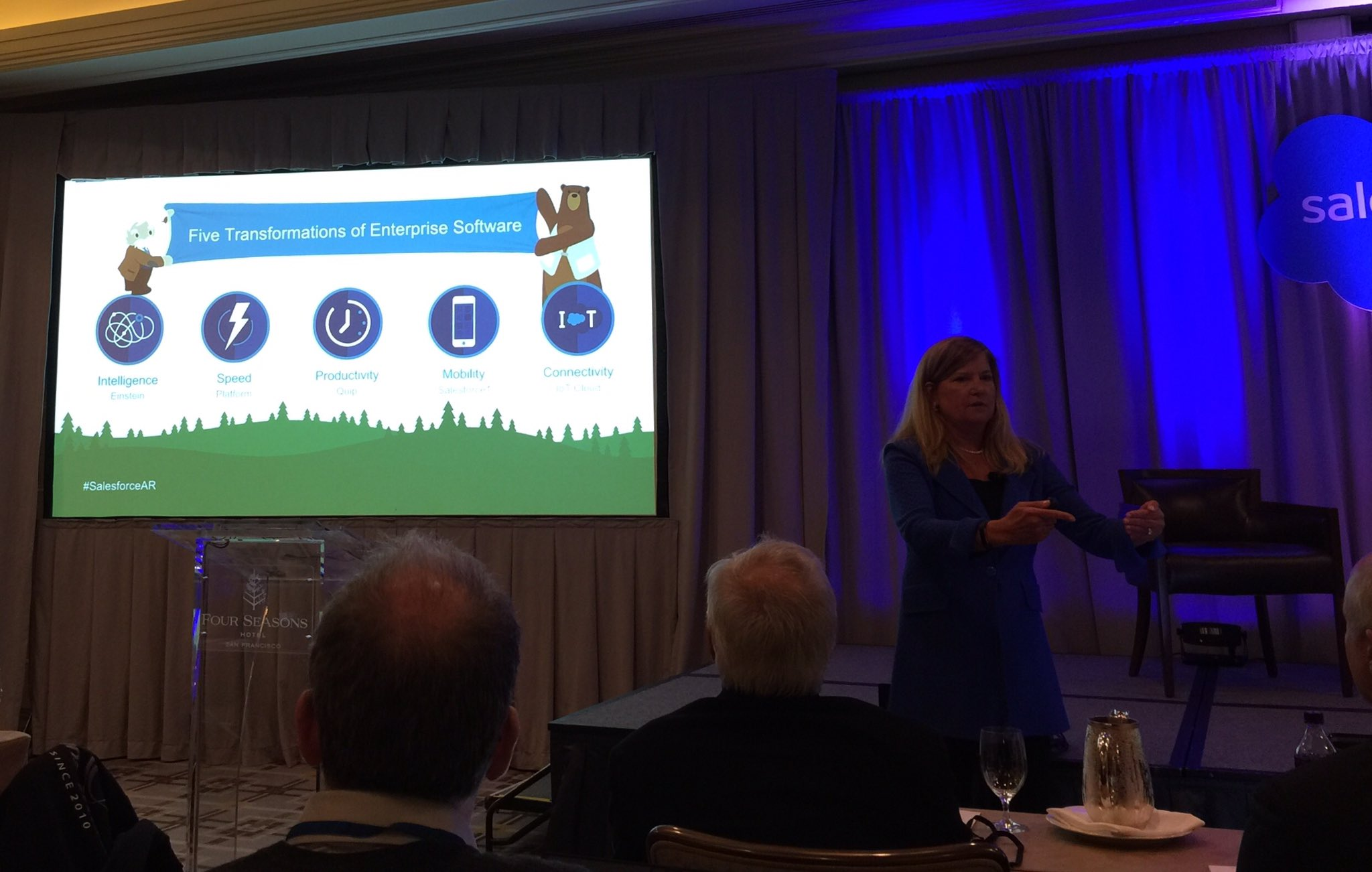 .@polly_sumner presenting the 5 transformations of #enterprise #Software and where @salesforce is focused. #SalesforceAR #Mobile #IoT #AI https://t.co/FD1qgQGiQc