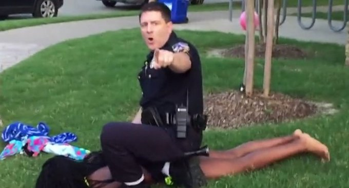 Black teen files $5 million lawsuit against white cop who assaulted her at 2015 Texas pool party https://t.co/yczddm0Bc6