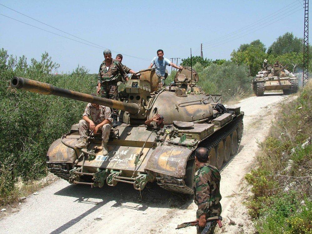 الدبابه T-55 السوريه ودورها في الحرب القائمه هناك  C1UZI9jWQAA3D1c