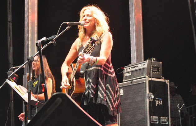 Happy Birthday Deana Carter: