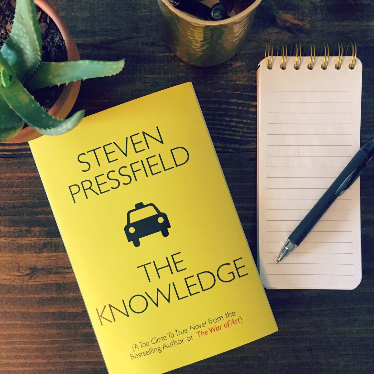 "Like ""The War of Art""? Who wants a copy of Steven Pressfield's latest book?   Retweet to win! https://t.co/rRX8bvn08d"