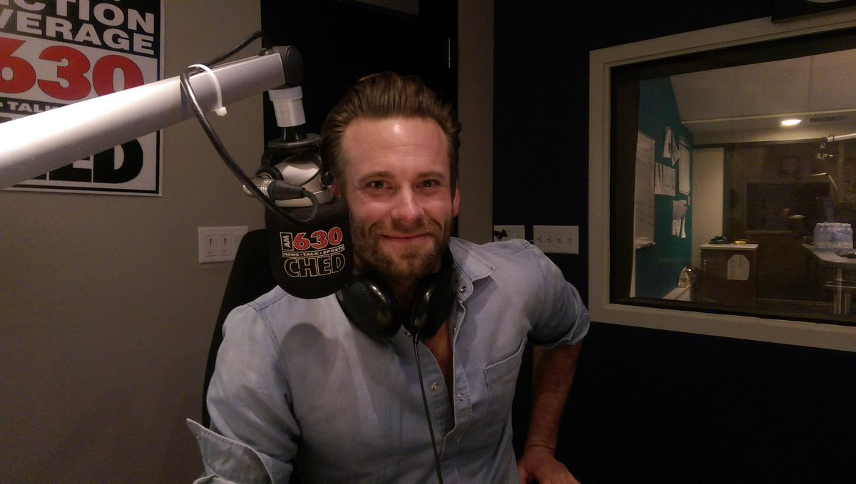 In studio with @EricJJohnson79 for the next half hour: https://t.co/Eh4i5G54sf. https://t.co/iVhPHMUvAD