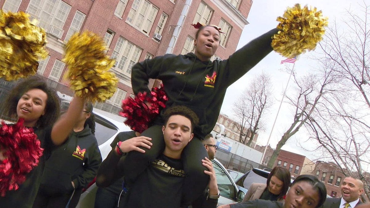 Bronx cheerleaders qualify for Nationals — but need help getting there @monicamoralestv  https://t.co/c4wnHlQDZy https://t.co/bg4qHWTOau