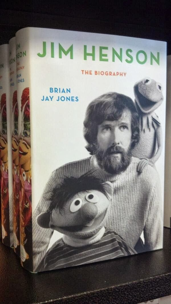 Welcome to #WeirdEd! Tonight's chat inspired by a book! About Jim Henson. Which you make have seen me go on about last week. https://t.co/w6tnHnqJF1