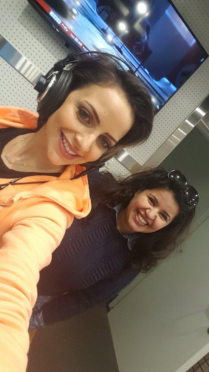 مع صديقة سنا الكويت #سكينة ❤ https://t.co/VqaBuk3pjA