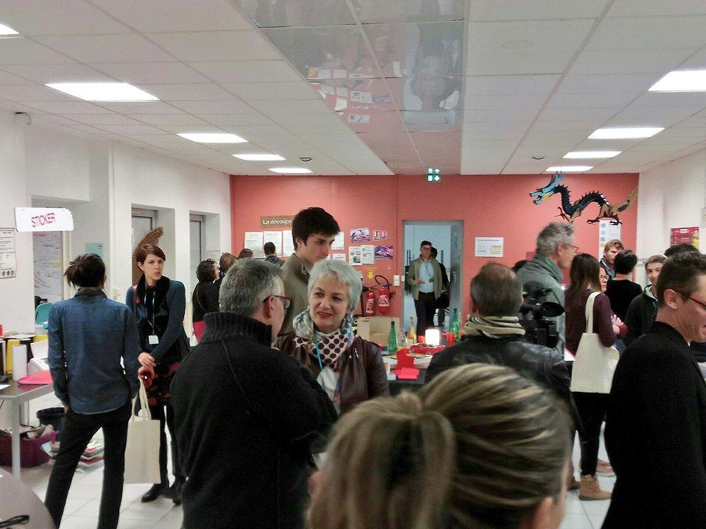 Le lab 1 est déjà bien plein, 70 invités et partenaires attendus ce soir à @zBis85. Merci à eux d'avoir bravé le vent ! https://t.co/SDRlnbaJR5