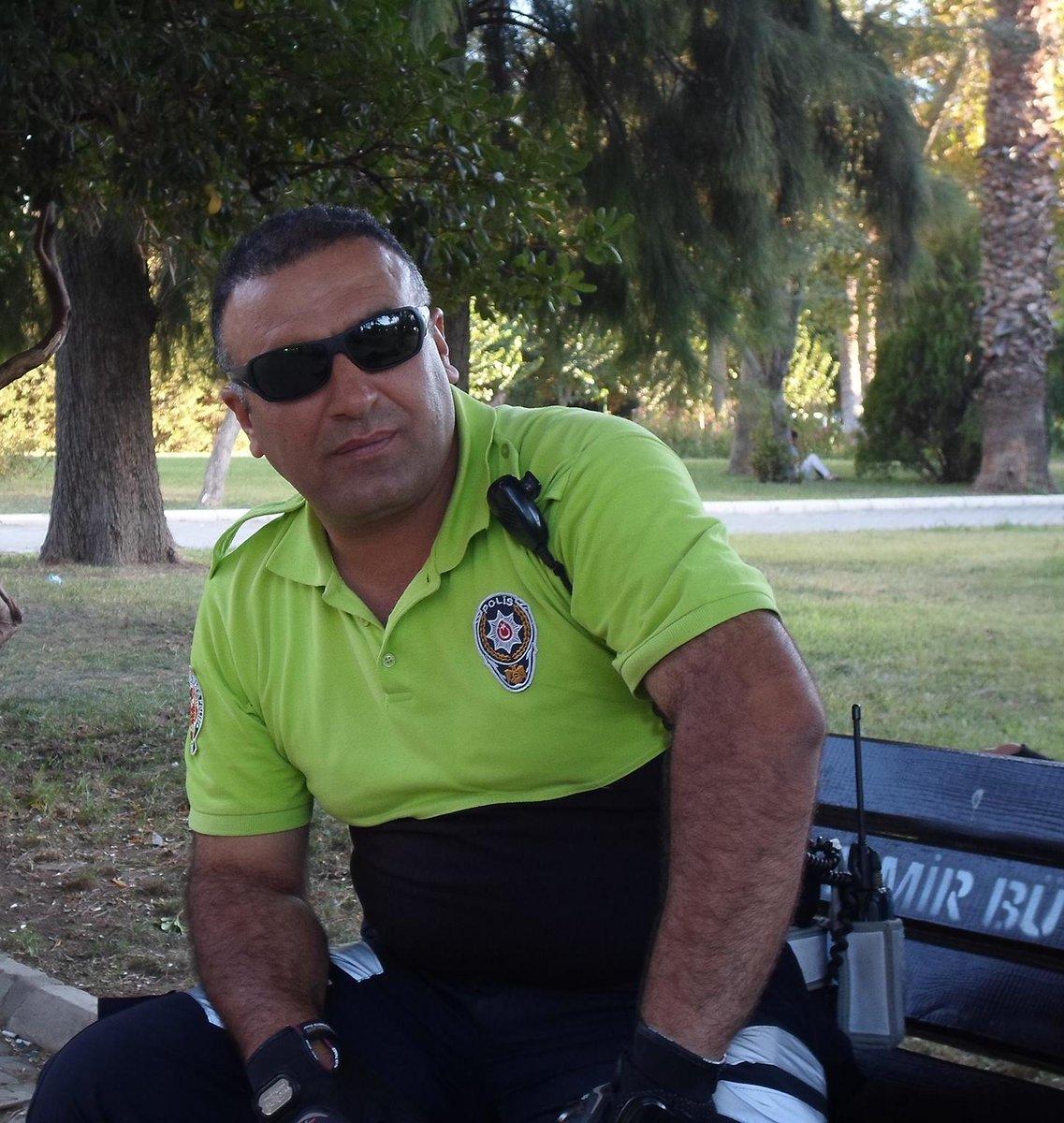 Kahraman polisimizin adını yaşatacağız #FethiSekin https://t.co/pHeaaAVCVu
