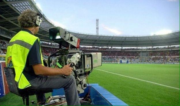 DIRETTA Calcio: Lazio-Genoa Streaming, Sassuolo-Genoa Rojadirecta, dove vedere le partite di Oggi in TV. Domani Roma-Sampdoria