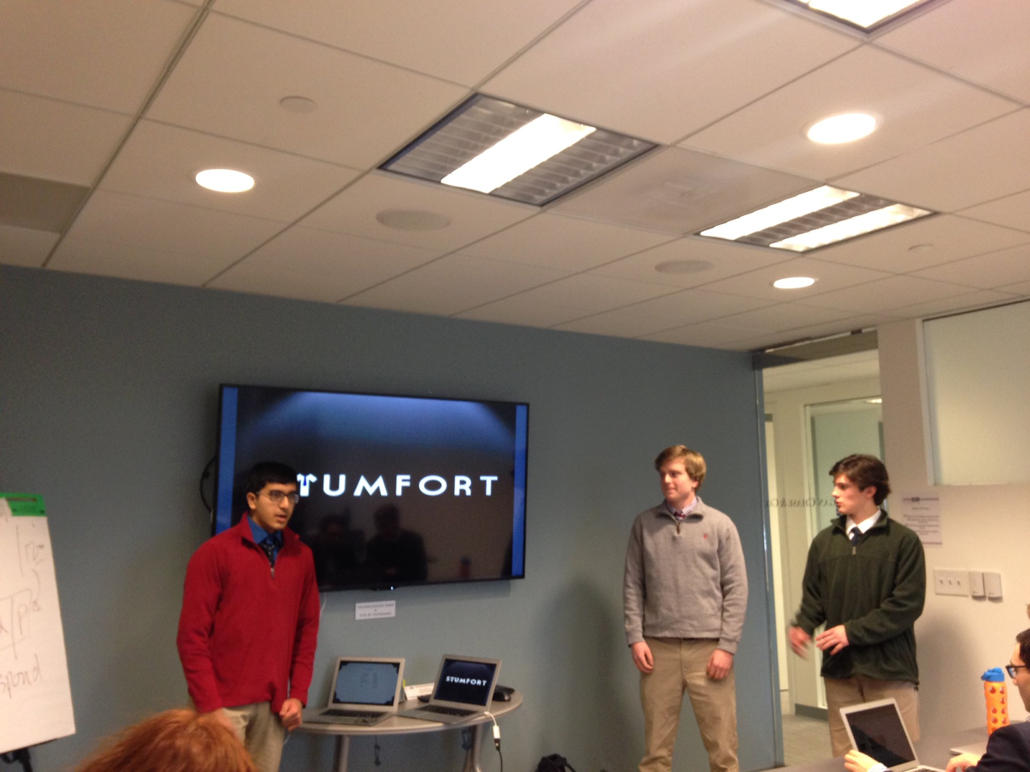 @StumfortApparel Great job on your pitch!  You were a hit!  #myflinthill https://t.co/YXUJFKjFg9