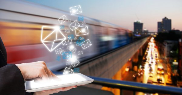 Tribunale di Milano: la mail ha efficacia probatoria anche senza firma