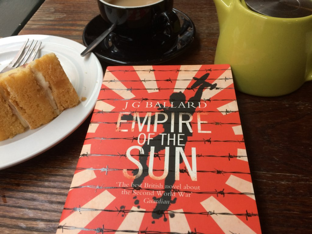 Five Minute Review: Empire of The Sun JG Ballard myhousematesamermaid.wordpress.com/2017/01/05/fiv…
