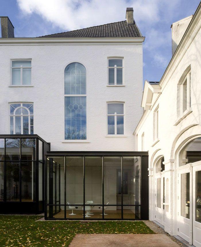 реконструкция дома с увеличением площади и переходе его в жилой