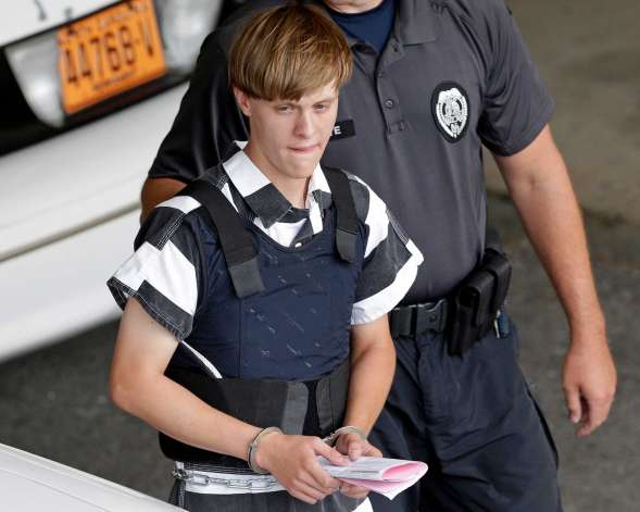 (Times Union) #Dylann #Roof cold to victims, but apologized to his parents : COLUMBIA,..  http://www. inusanews.com/article/559513 1612/dylann-roof-victims-apologized-parents &nbsp; … <br>http://pic.twitter.com/gginGtK9yi