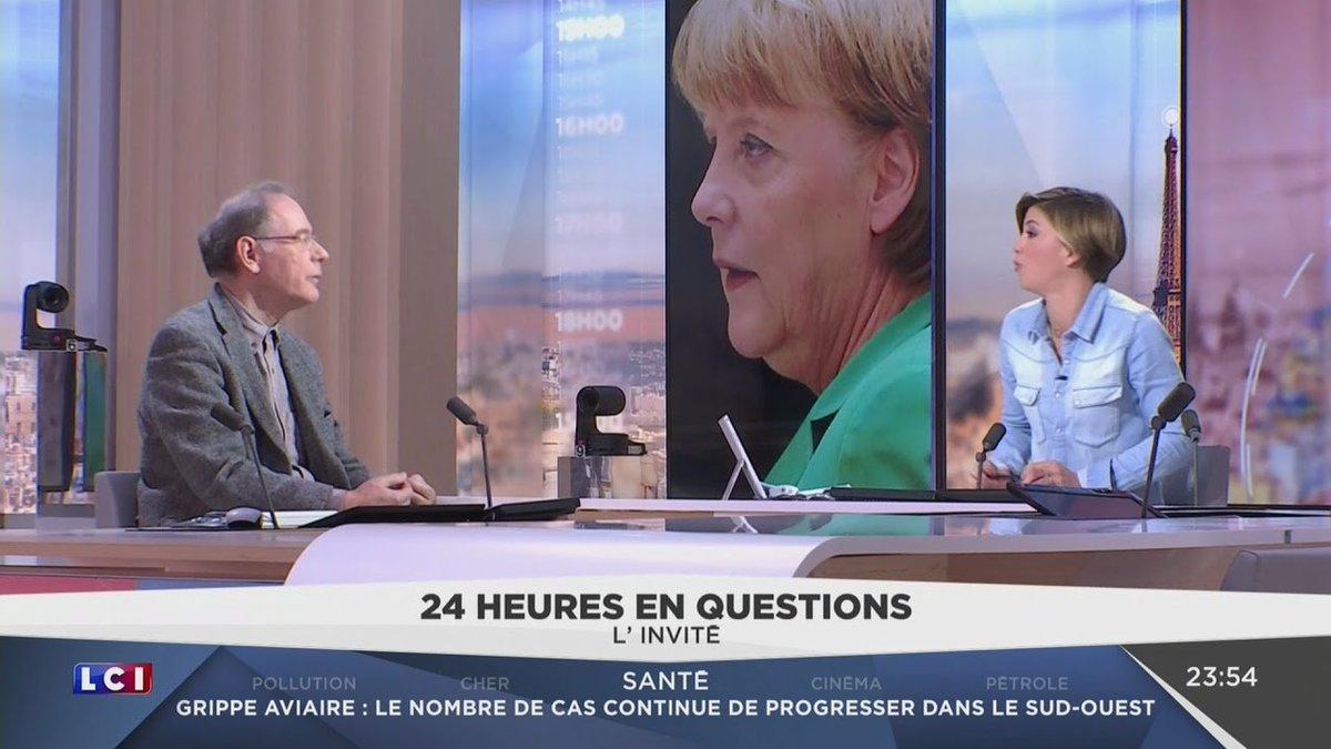 François #Dumont : La #France n'a pas besoin de #migrants au vu de sa situation économique.  http://www. tvlibertes.com/2017/01/06/130 91/france-migrants-situation-economique &nbsp; …  #TVL <br>http://pic.twitter.com/jHDKgeoYVf