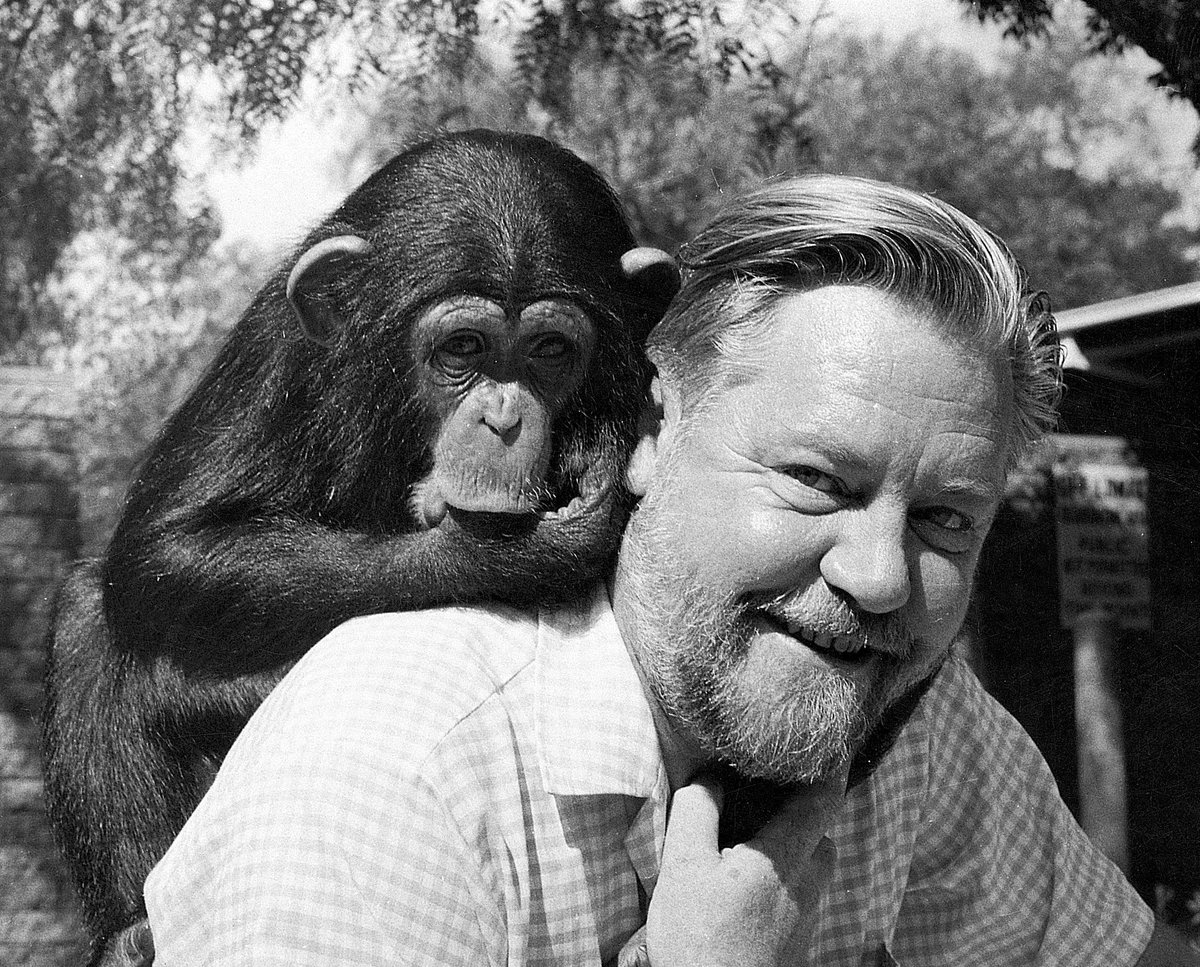 Happy Birthday to our founder Gerald Durrell who would have been 92 today! #HappyBirthday #GeraldDurrell https://t.co/jJroaaRYUE