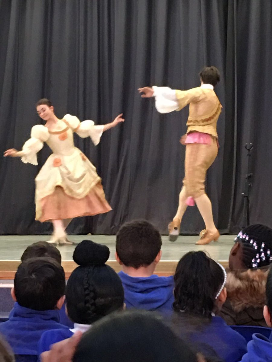 Year 3 get a taste of things to come as the Royal Opera House and Chance to Dance demonstrate elements of The Nutcracker at Bacon's College.