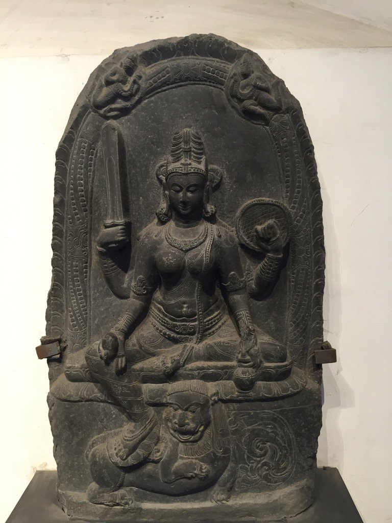 Parvati,  10th century from Bangladesh. How beautiful and so full of peace while being fully armed. https://t.co/bDkZgnX5Ci