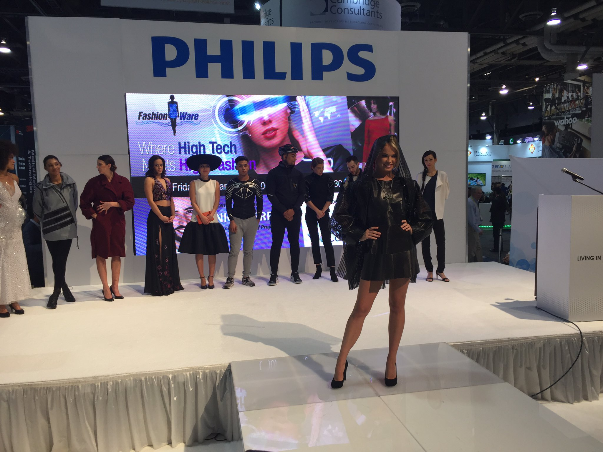 #CES2017 @Philips is having a #FashionShow @SandsExpo @News3LV #News3CES #News3LV @johncolucci @NateNews3LV @LVCVA @CityOfLasVegas #LasVegas https://t.co/p7s92PsXlS