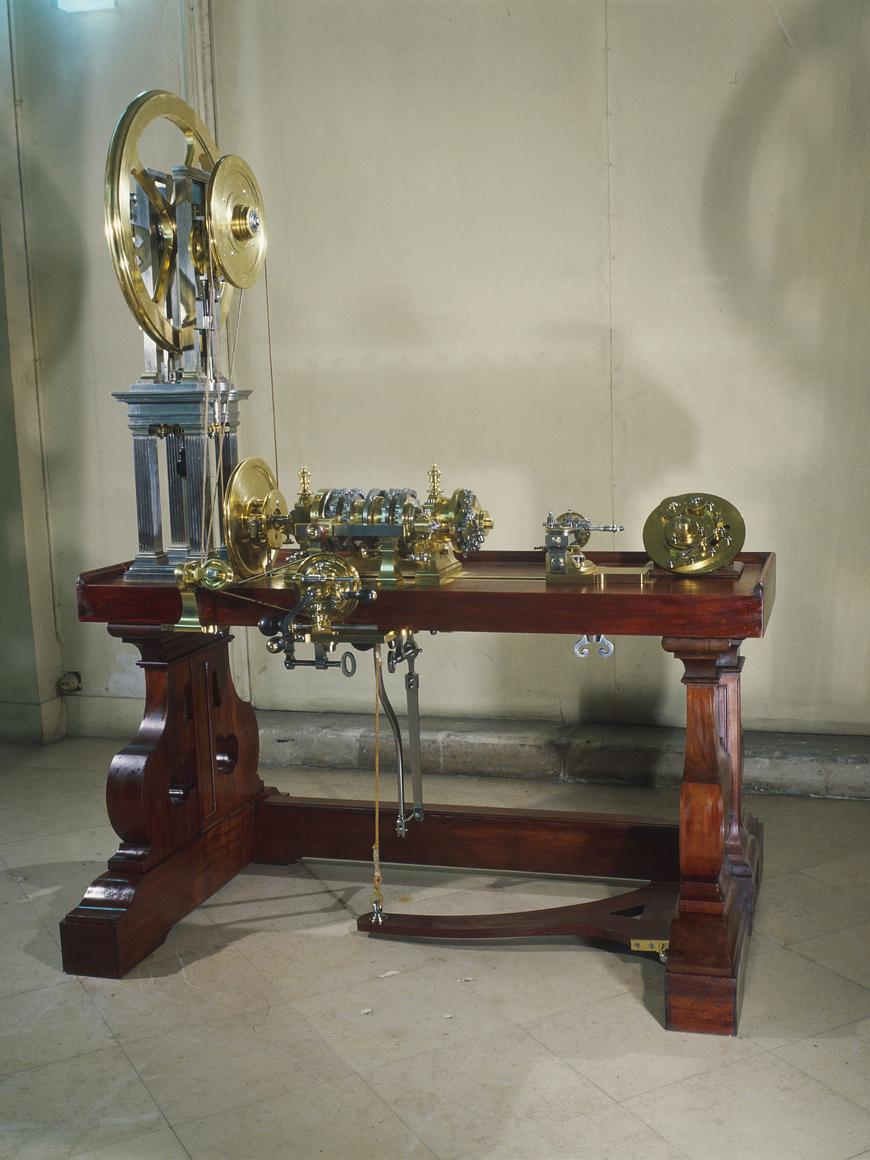 lionel dufaux on twitter sciences la cour le tour guillocher de merklein pour le garde. Black Bedroom Furniture Sets. Home Design Ideas
