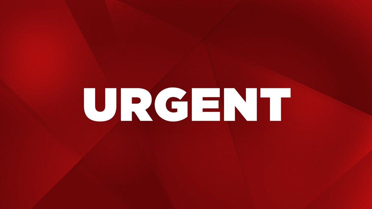 #EtatsUnis : plusieurs morts après des tirs à l&#39;aéroport international de Fort Lauderdale en Floride    http://www. lci.fr/international/ fort-lauderdale-floride-plusieurs-morts-apres-des-tirs-a-l-aeroport-international-2020519.html &nbsp; … <br>http://pic.twitter.com/hTgYvtqlxS