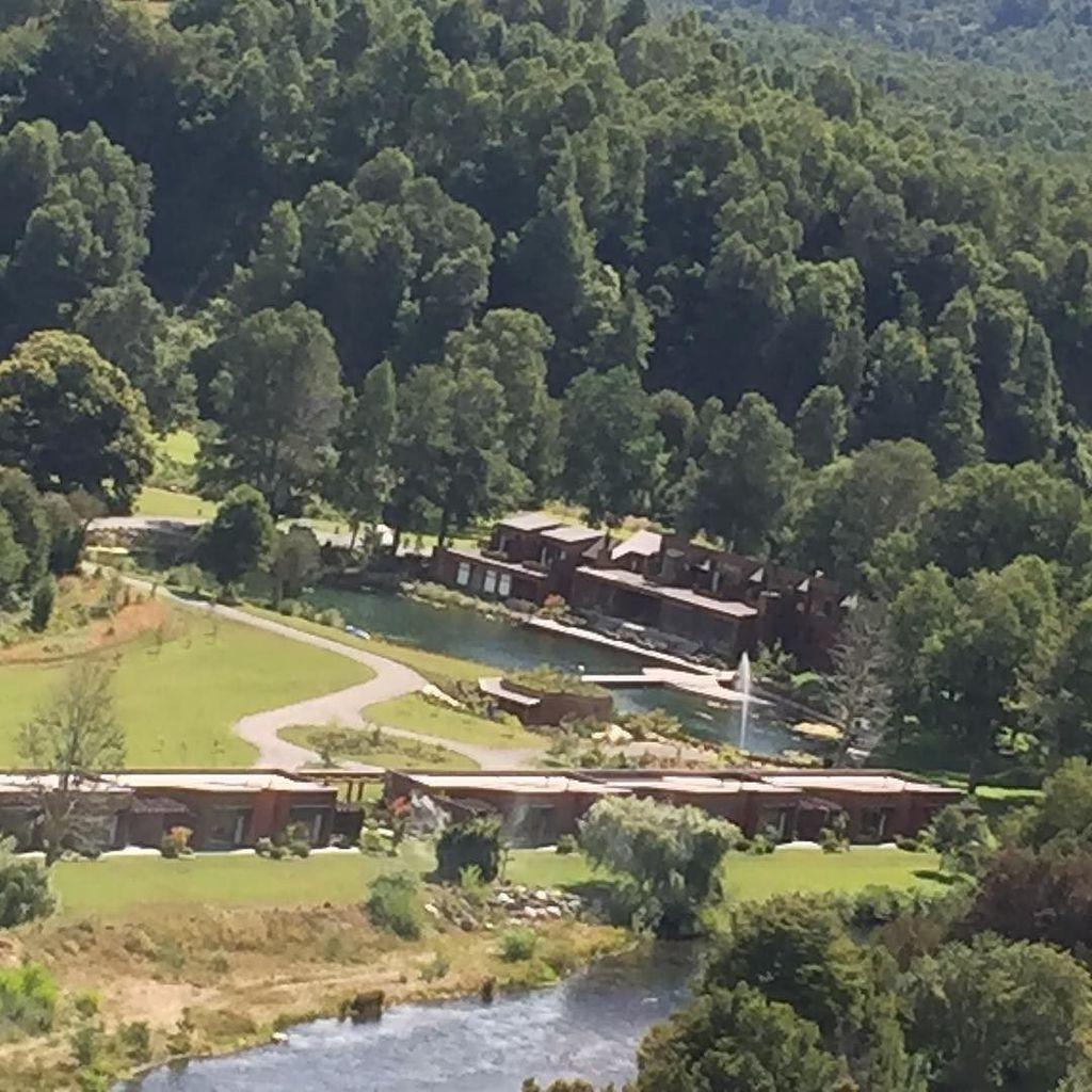 @hotelviravira from the air today #pucon #chile http://ift.tt/2iNmnrA