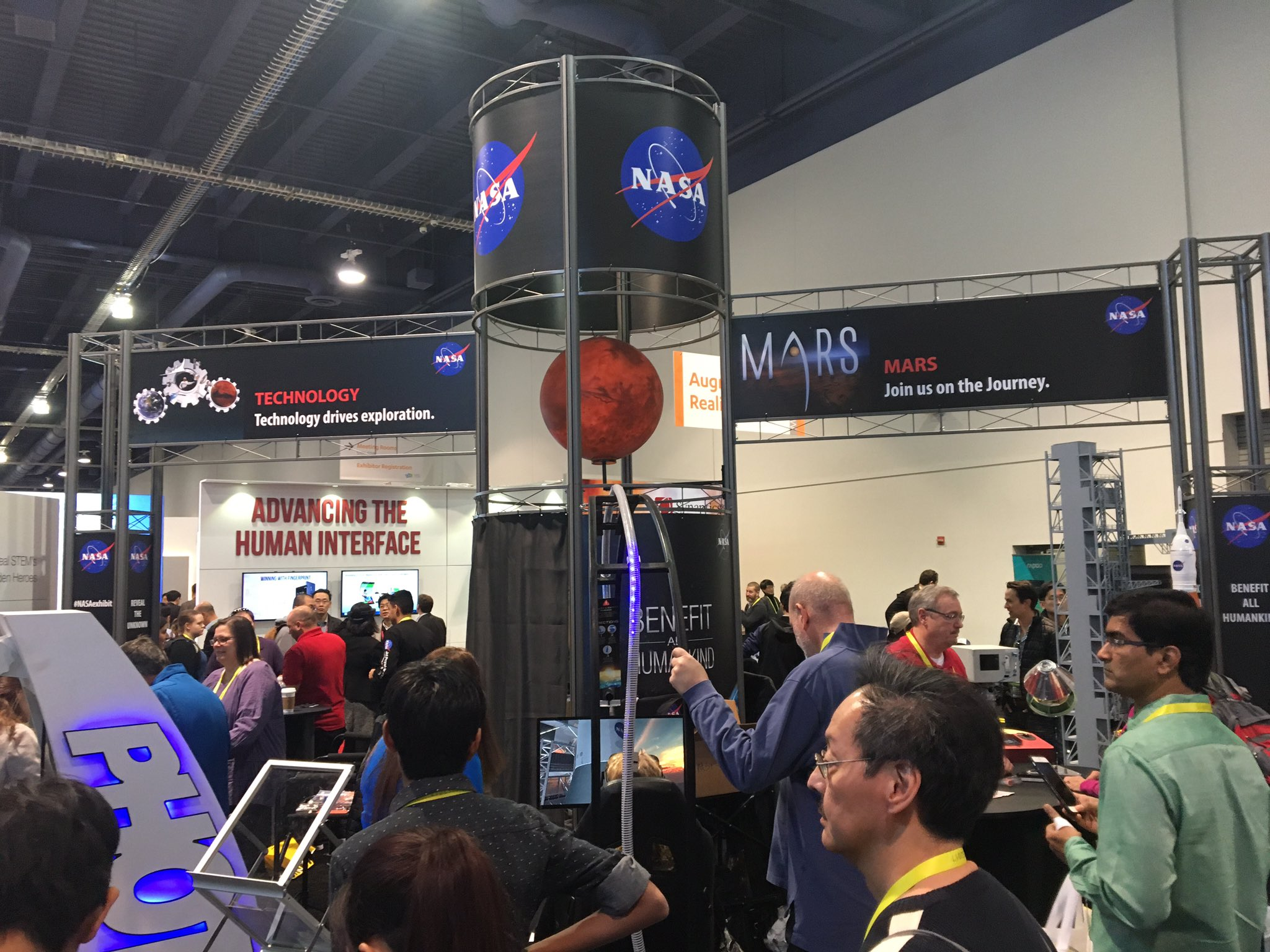 Even @NASA has a booth at #CES2017 #MashCES https://t.co/HJNjfLPRS3