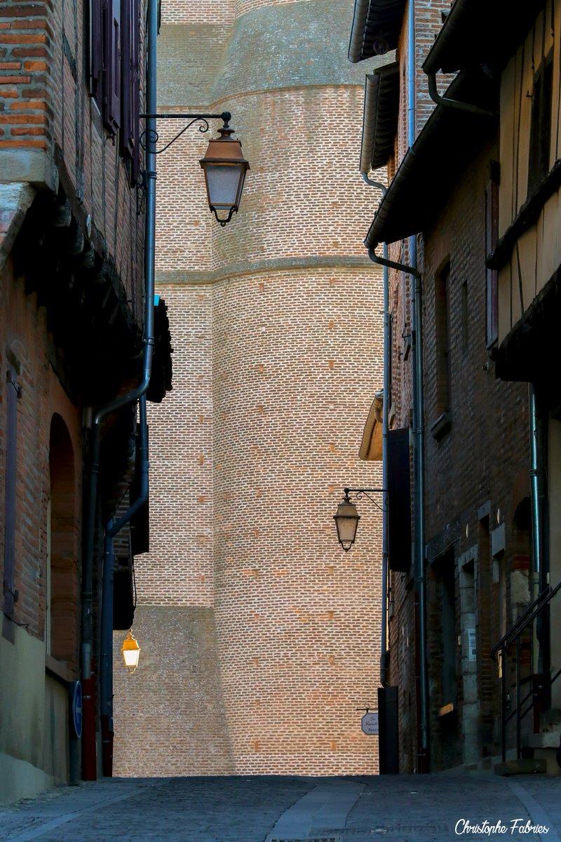 albi rue du castelviel #albi #tarn #occitanie <br>http://pic.twitter.com/kpXUqJAGIm
