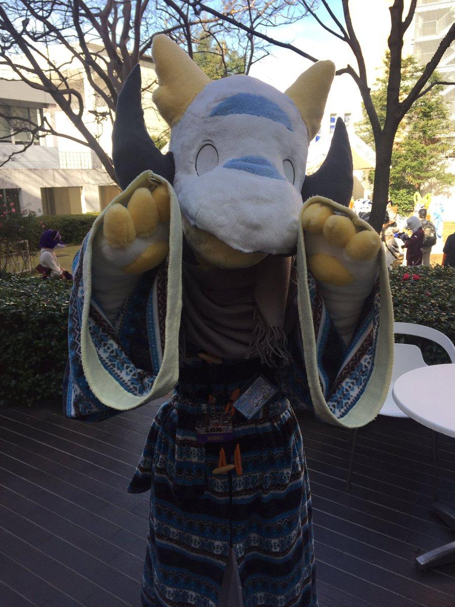 みかぺろ(@0625tuki) のアーシュ君、jmofデビューおめでとう!!!!!(@MotchyGarly  @Na185_Dragon ) https://t.co/1Y3vsu3Ffz