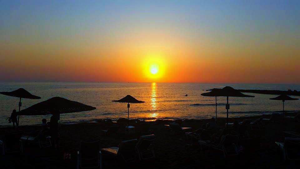 Sunset Always Look Wonderful At Louis Ledra Beach Are You Coming Louisledrabeach Com Paphos Cypruspic Twitter Com I0lv4z16c3