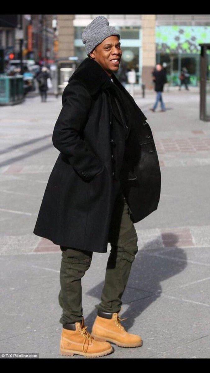LOOOOOL RT @NewJetJoe_12: Why Jay Z look like somebody just told him he getting thick lmaoooo https://t.co/qi35MRpxCL