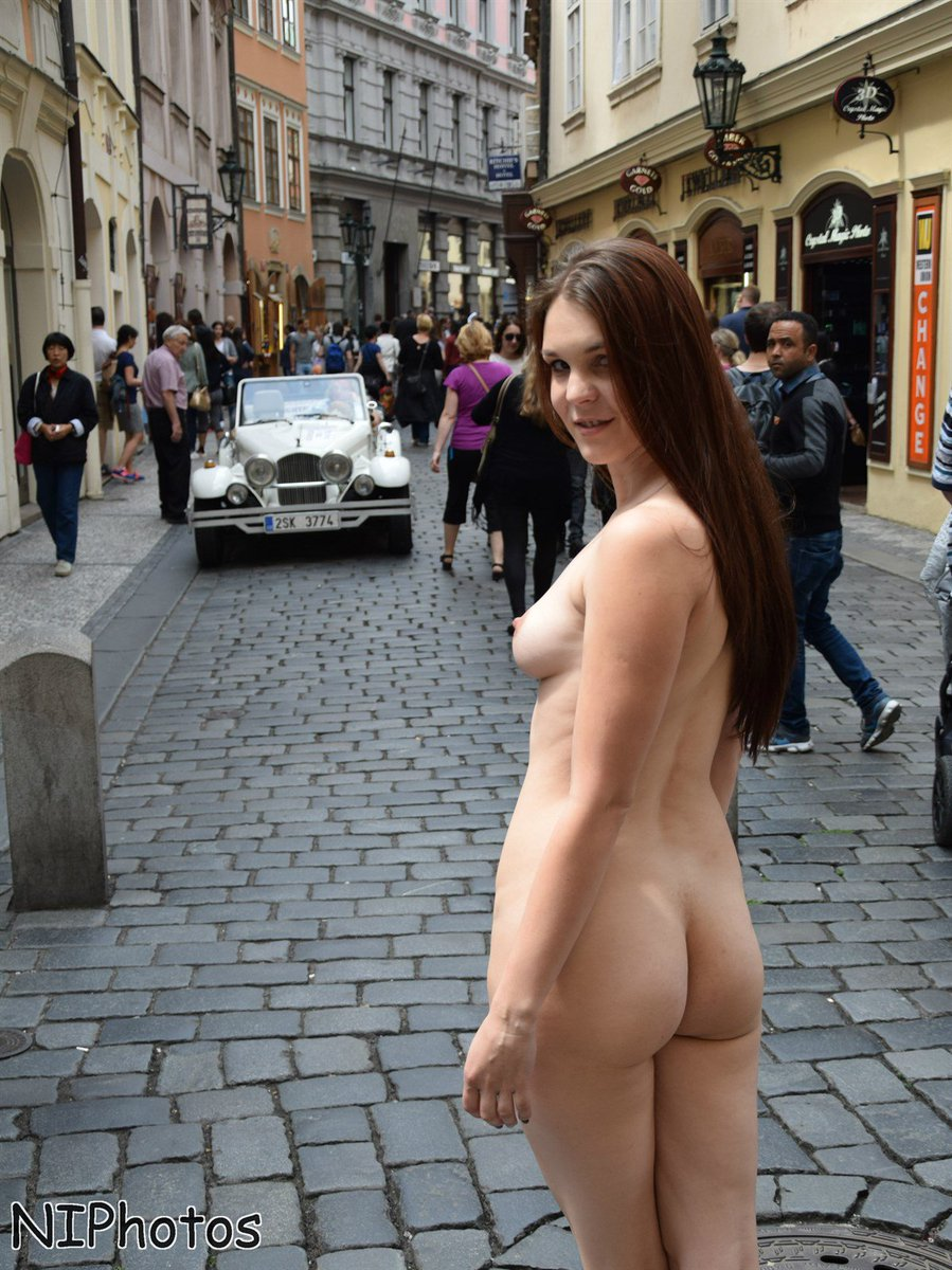 outdoor family naked Teen