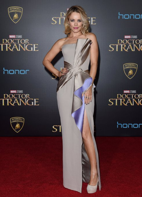 The 16 Best Red Carpet Dresses of 2016