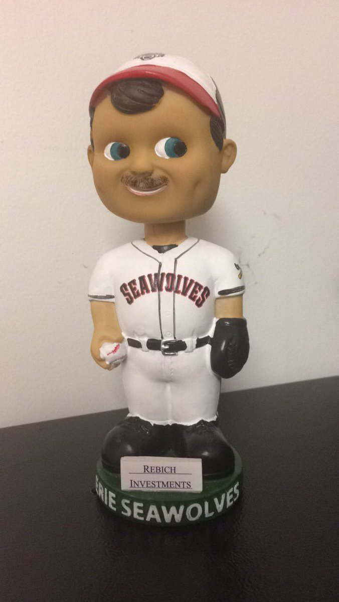 It's go time on #NationalBobbleheadDay! Like and retweet for your chance to win this retro SeaWolves bobblehead. https://t.co/unkUuNE4gj