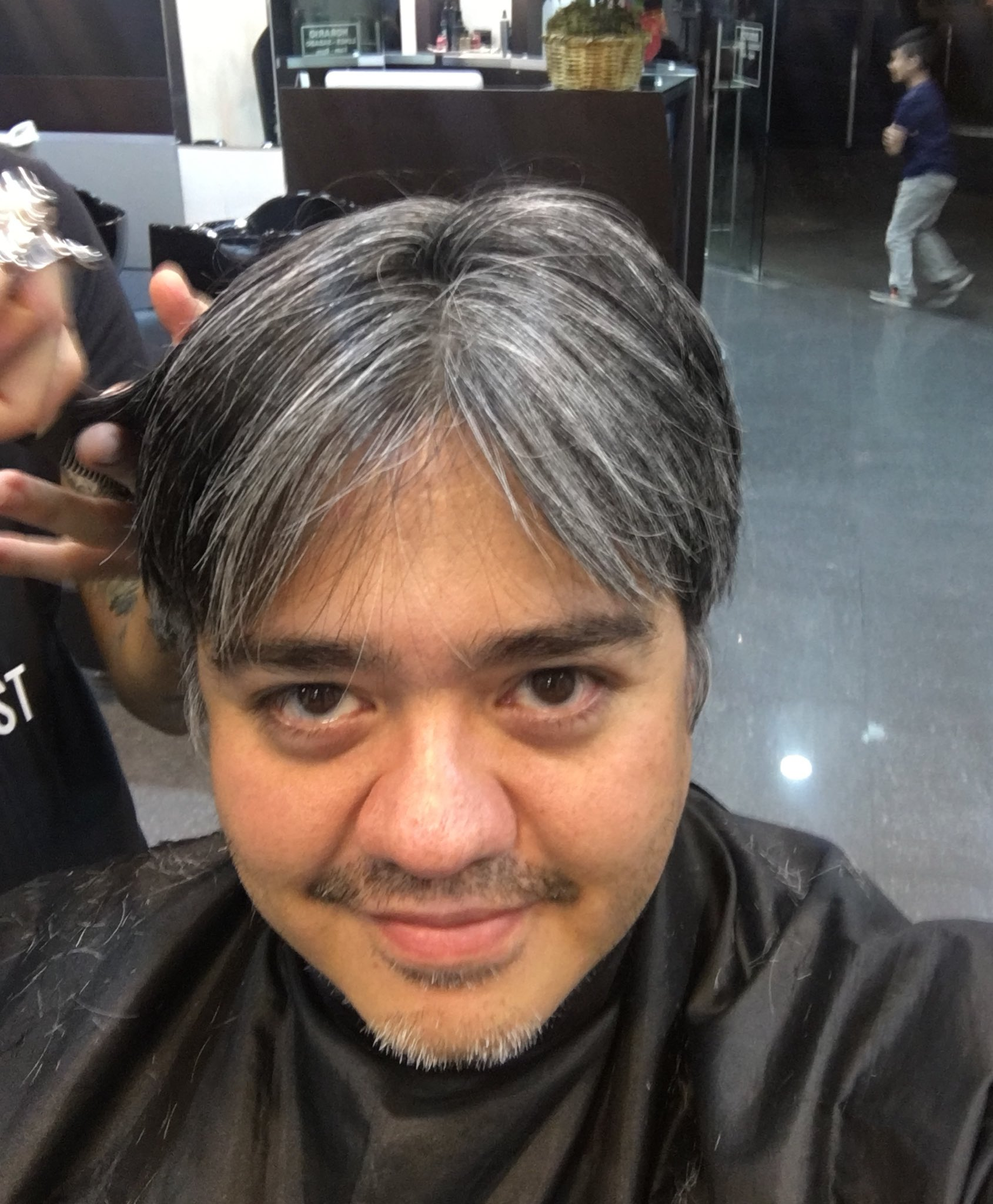 """Lalo Garza on Twitter: """"Dicen que mis canas se ven """"cool ..."""