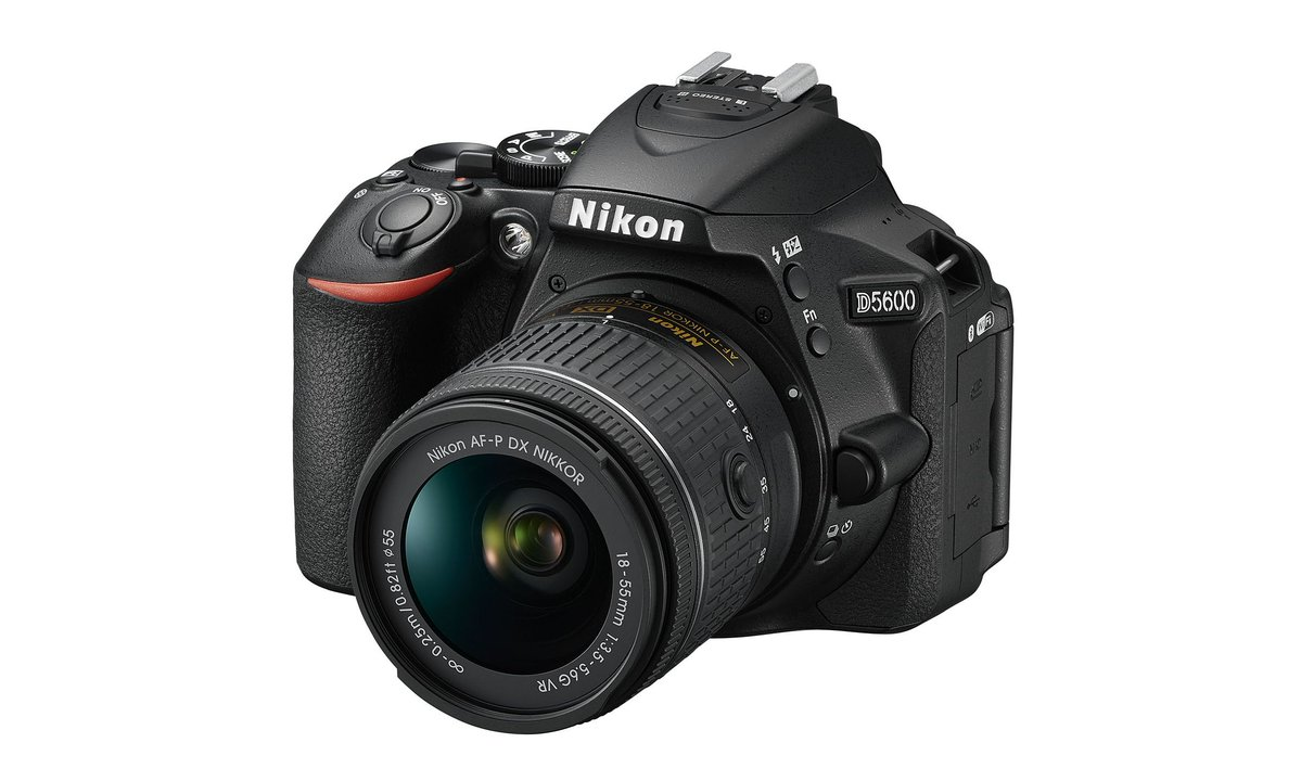 Nikon's new beginner DSLR instantly beams all your photos to your phone