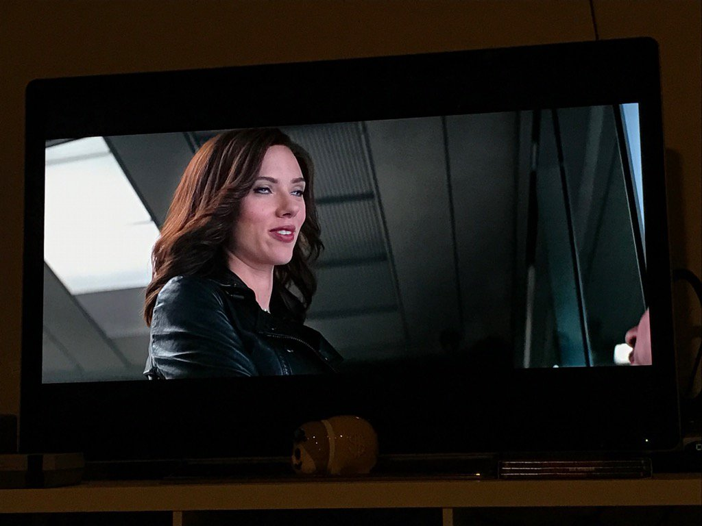 I had to pause while watching Captain America Civil War and now I don't want to ever unpause it. https://t.co/DOzJED49io