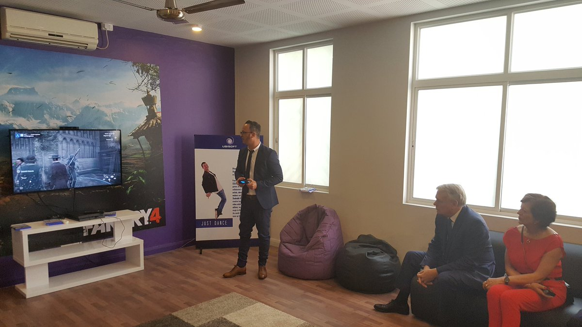 Alexandre Ziegler On Twitter French Foreign Minister JM Ayrault Visits Ubisoft Gaming Lounge At Alliance Franaise De Bangalore You Can Learn With