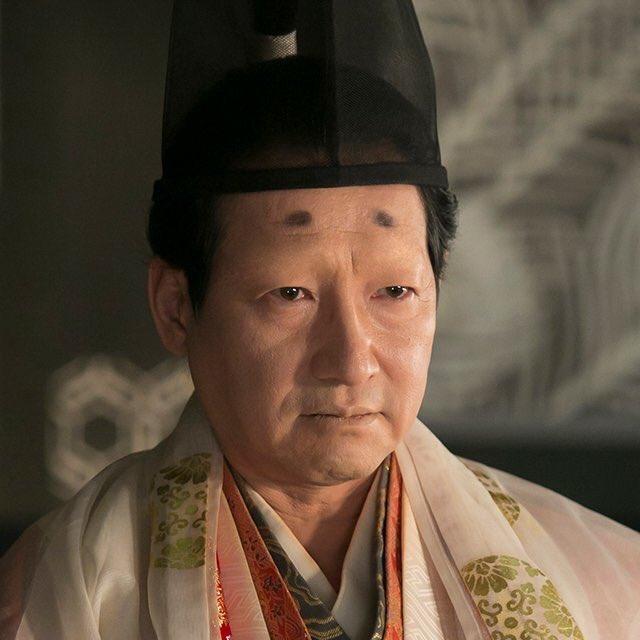まったく春風亭昇太に見えない今川義元を見て、やはり彼の本体はメガネなのだなと再認識しました。#おんな城主直虎