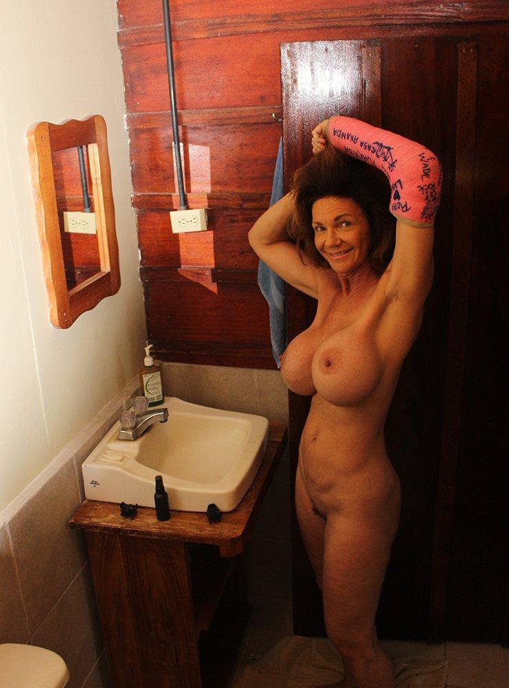 enjoy meeting Hot sexy naked girl pics smart, capable
