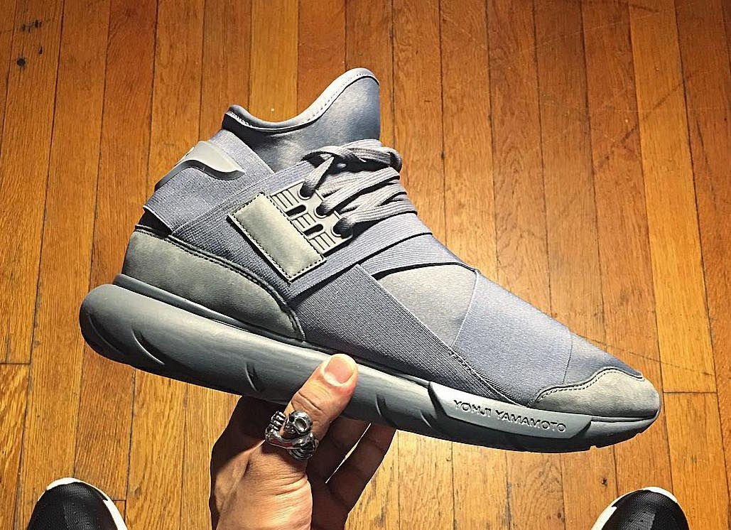 89c3018fef953 STEAL! adidas Y-3 Qasa High  Vista Grey  on sale for  191 (Retail  400) w   code EXTRA15    http   bit.ly 28LYoaL pic.twitter.com uTCFG1l9dU