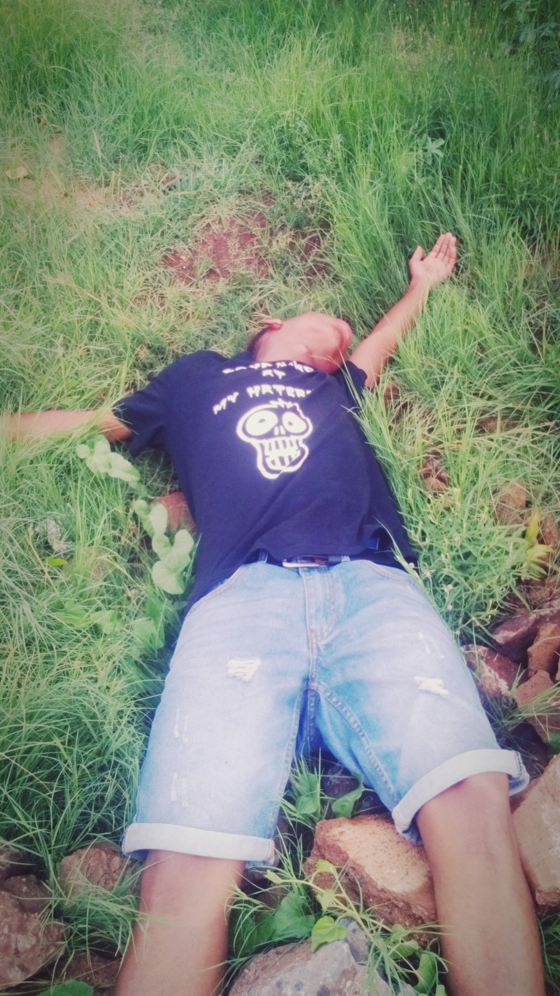 #DeadPose  @TrendingSAon3 https://t.co/hPCL8BnBDF