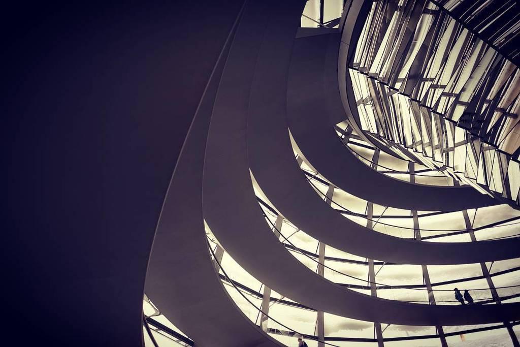 #IG : Sans dôme, ni dogme.  #architecture #berlin #bundestag #dive #roof #flousentimental …  http:// ift.tt/2i7In1G  &nbsp;  <br>http://pic.twitter.com/CM8bleYuel